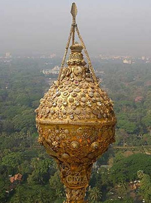 The diamond bud of Shwedagon pagoda