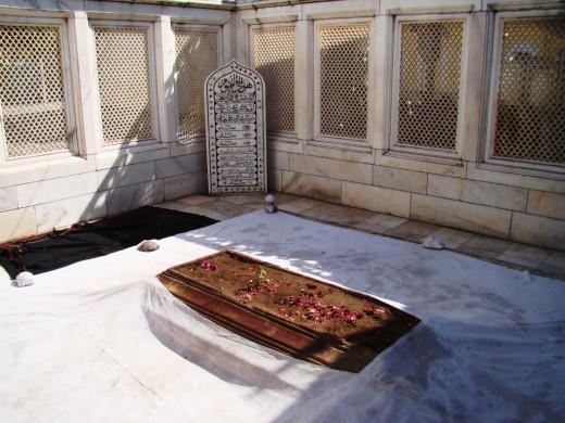 Jali work of Aurangjeb's tomb; Khultabad, Maharashtra 1