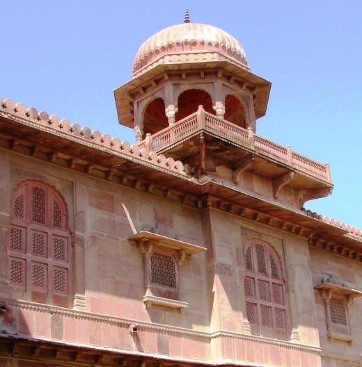 ali work of Lalgad Palace, Bikaner, Rajsthan
