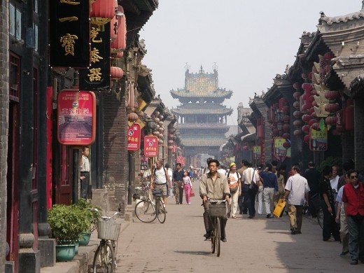 In 2005, the number of foreign tourists (excluding overseas Chinese) visiting China was 20 million. By 2020 it may be the world's most popular destination.
