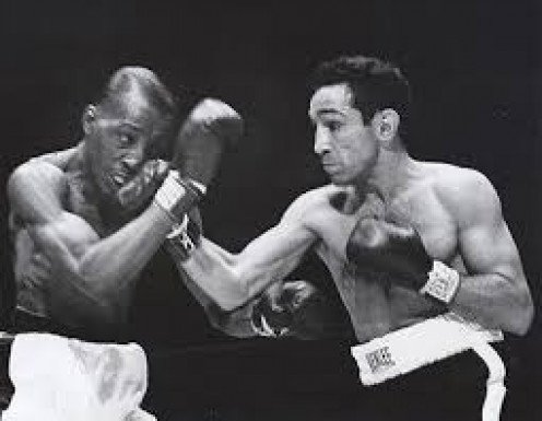 Willie Pep regained the featherweight championship from Sandy Saddler.