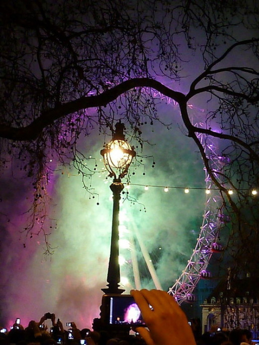 The London eye aglow on New Year's Eve.