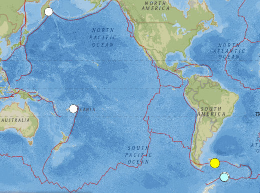 Map of significant earthquakes (at least 6.5 in magnitude) throughout the world during November 2013.