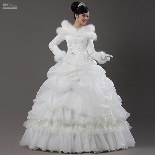 YiliFuren Bridal Gown