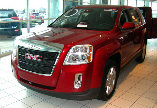 GMC Terrain features a bold front end and broad fender flares for a muscular, confident appearance.
