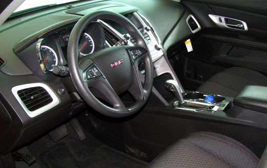 High quality materials and stylish touches mark the interior of the GMC Terrain
