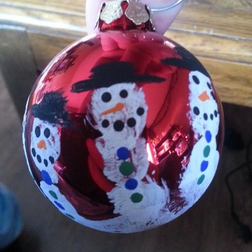 Hand Print Christmas Bulbs!!