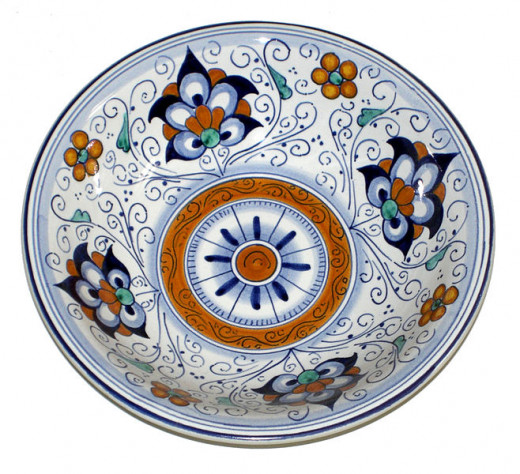 Ceramics (Majolica) plate from the Italian city of Faenza decorated with a traditional style