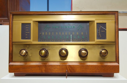 Fisher 500 Radio. http://en.wikipedia.org/wiki/File:Fisher_500_radio.jpg
