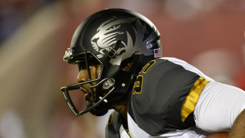 This helmet ranked 6th in the Coolest NCAA Helmets of 2013 article on brobible.com