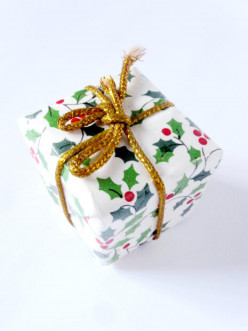 Christmas Gifts for Retired Dads - What to Buy Any Dad?