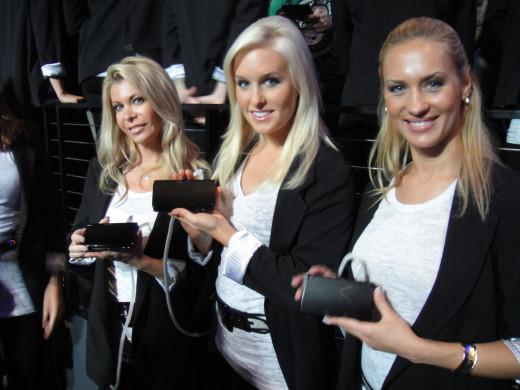 Nintendo demo girls, Nintendo Media Event at E3.
