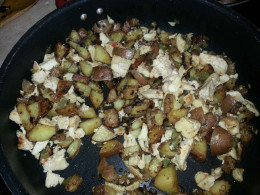 Lankford Grocery Texas Chicken Hash. Cooked hash with chicken added