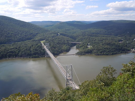 There was a good view of the Bear Mountain Bridge over the Hudson River from Anthony's Nose.