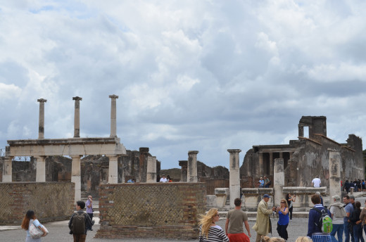 Ruins of Pompeii from Tony DeLorger