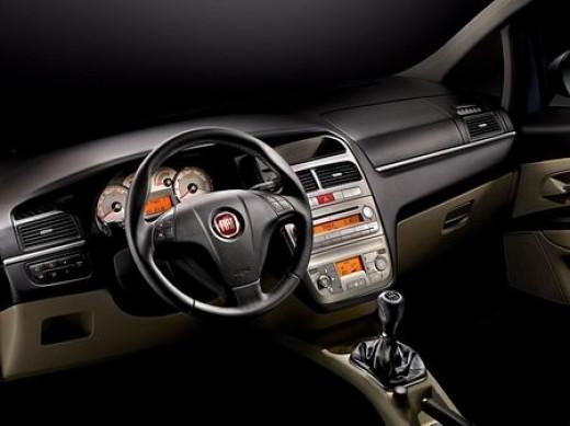 Fiat Linea - Interiors