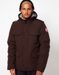 A complete Review of the Burnett Jacket by Canada Goose