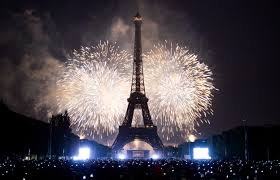 Watch the Eiffel Tower come to Life on new year's eve