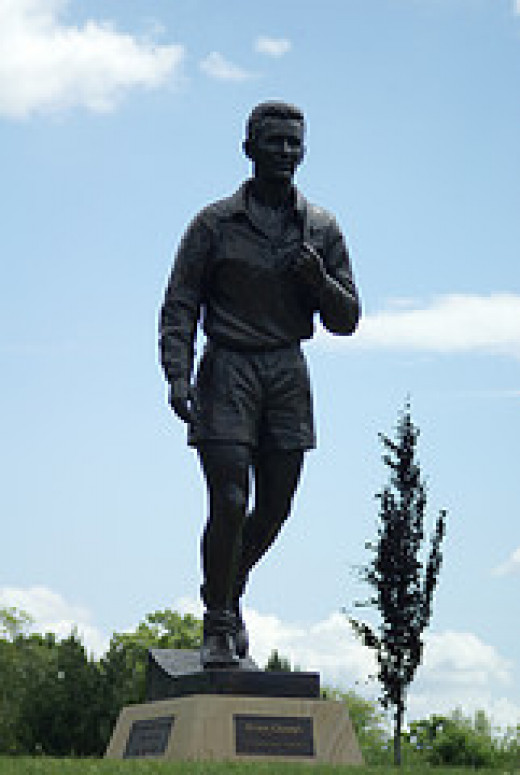 Statue of Brian Clough, in Middlesbrough