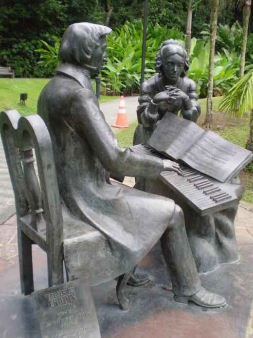 Frederic Chopin memorial in the Gardens, a gift from Poland to Singapore.