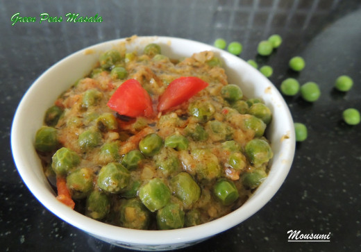 Serve your peas masala with Rotis/Chapathi