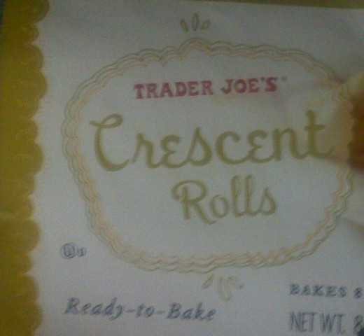 Outer package of crescent rolls