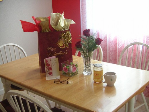 How To Have A Romantic Night At Home For Him Ways To Get