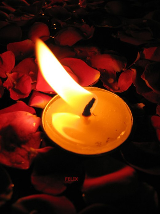 Good lighting -- and in particular candles -- can provide an excellent mood for your Valentine's Date.