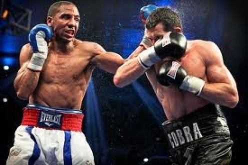 Andre Ward beat Carl Froch to unify Super Middleweight titles and win the Showtime Super Six Tournament.