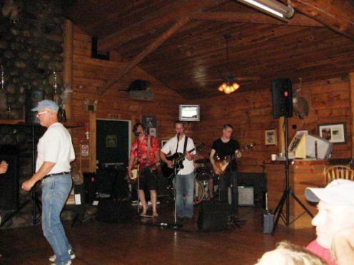 Sometimes the resort holds live bands. This is a band playing in the Maine Lodge. 2008