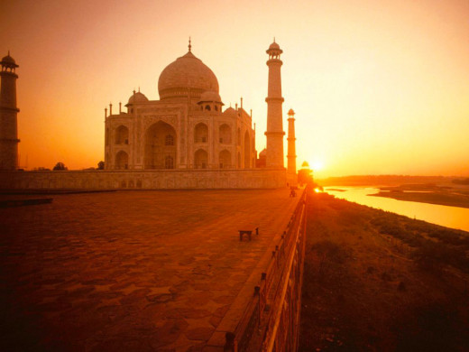 A Snapshot Of The Taj Mahal At Sunrise.