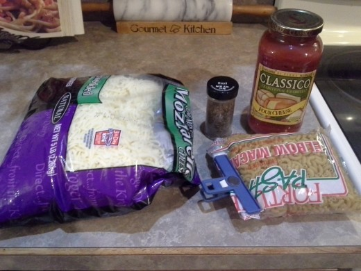 Ingredients for Pizza Macaroni and Cheese