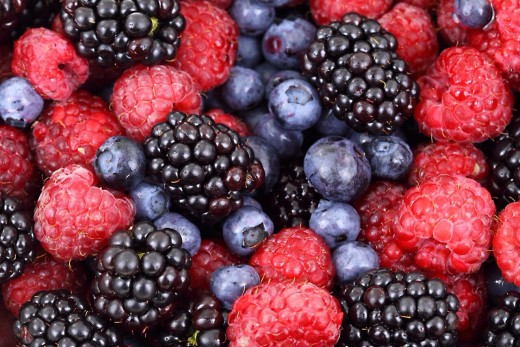 Raw berries are rich in vitamin C.