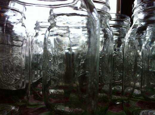 Mason jars (canning jars) are incredibly versatile. Crafters should keep some on hand at all times!
