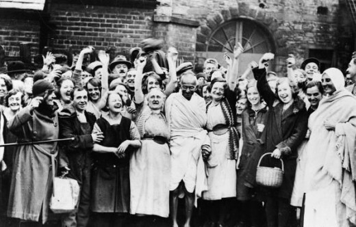 Gandhi in Lancashire with unemployed cotton workers