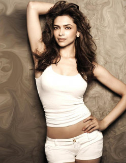 Deepika Padukone the Sweetest smile girl ! Most attractive and popular Indian celebrity! HD Pics, video, photos