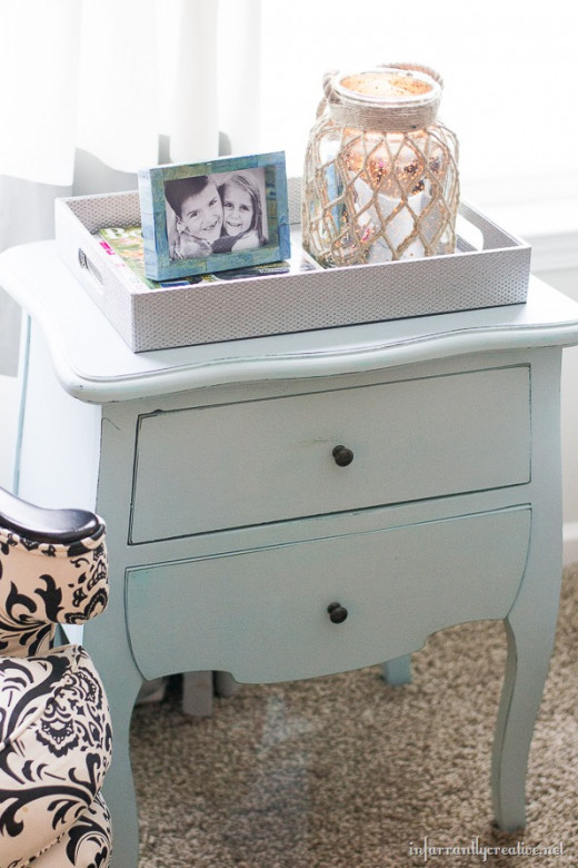 End table upcycled with chalk paint