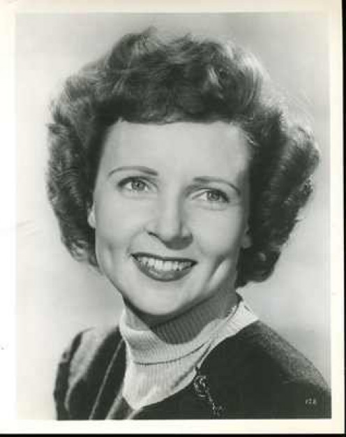 "Betty White Original 8x10""Black and white Potrait"