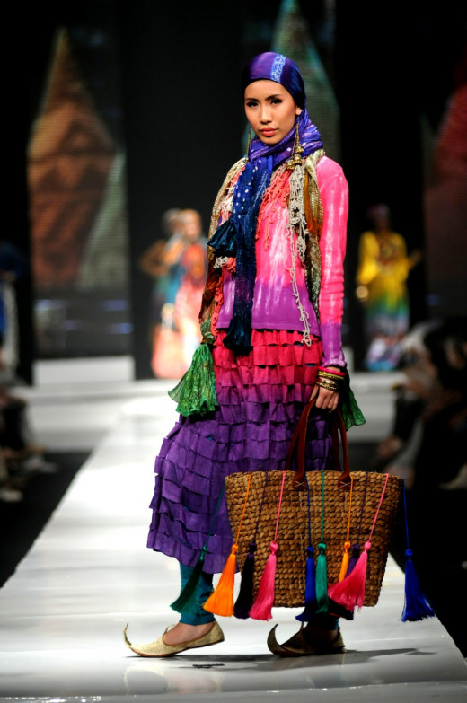 Model shows off Dian Pelangi ensemble for Jakarta Fashion Week 2014