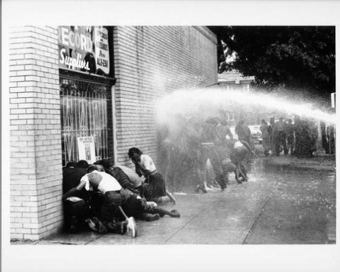 Protesters hit with water cannons, 1963