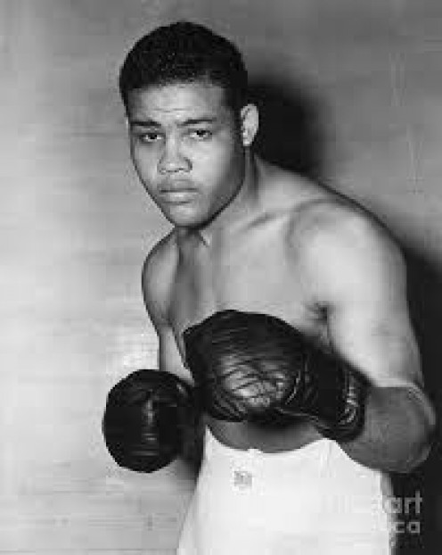 Joe Louis holds the record for the most title defenses with 25 and he held the crown for over 11 years in all.