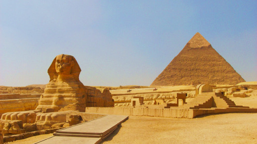 A Snapshot Of The Sphinx And Pyramids Of Egypt.
