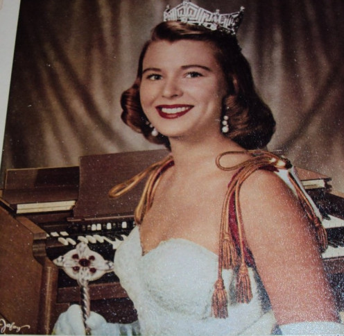 Photo of former Miss America Marilyn Van Derbur