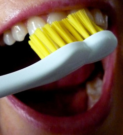 Best Time to Brush Teeth is Not Immediately After a Meal