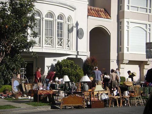 garage sale picture