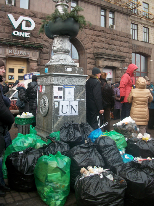 Garbage, which is part of the reality is collected in garbage bags.
