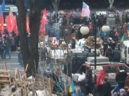 American flag in the center of Kiev to express solidarity with Ukranians