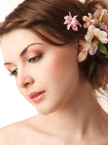 Look Acne and Blemish Free on Your Wedding with these acne clearing products