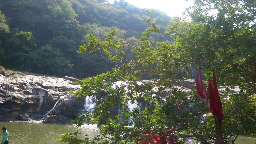 khodiyar dam (ghoono) water fall