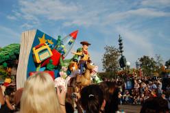 """""""Parata diurna a Fantasyland"""" in Italy"""